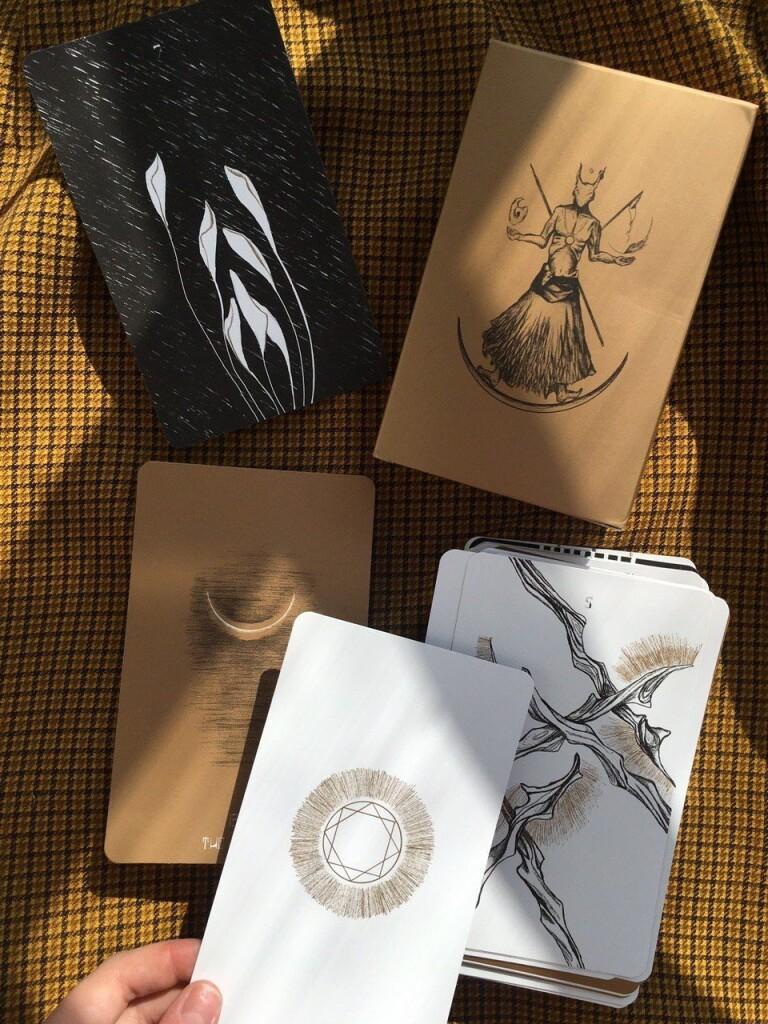Tarot of the Golden Kernel таро для мужчин золотое таро