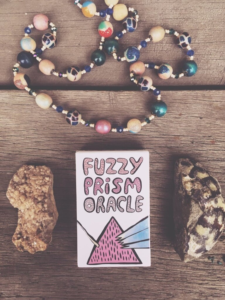 Fuzzy Prism oracle